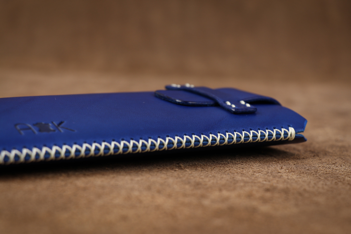 Kožené pouzdro A-K se zavíráním Xiaomi Redmi Note 7, modré s křížkovým stehem