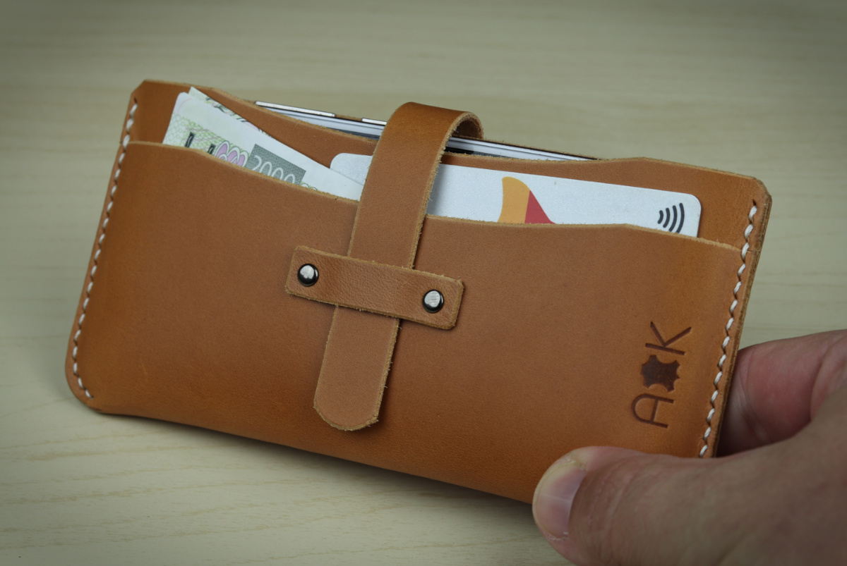 Kožené pouzdro A-K pro HTC Desire 626s, světle hnědá barva na mobil a karty