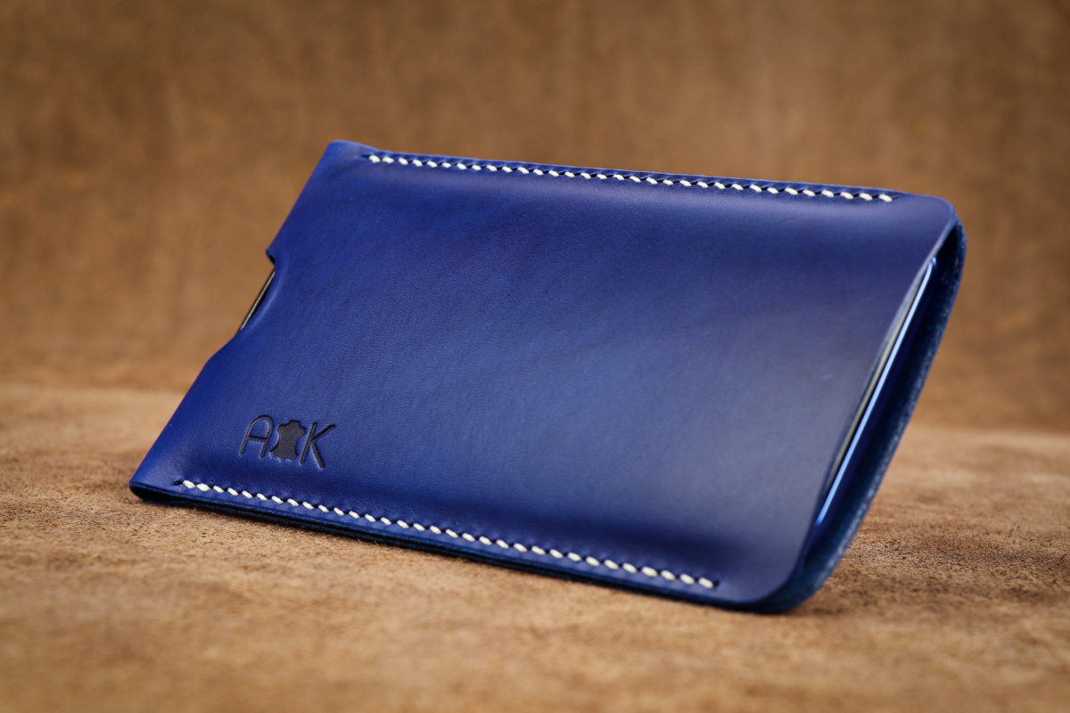 Pouzdro A-K z pravé kůže pro Sony Xperia XZ2, modré