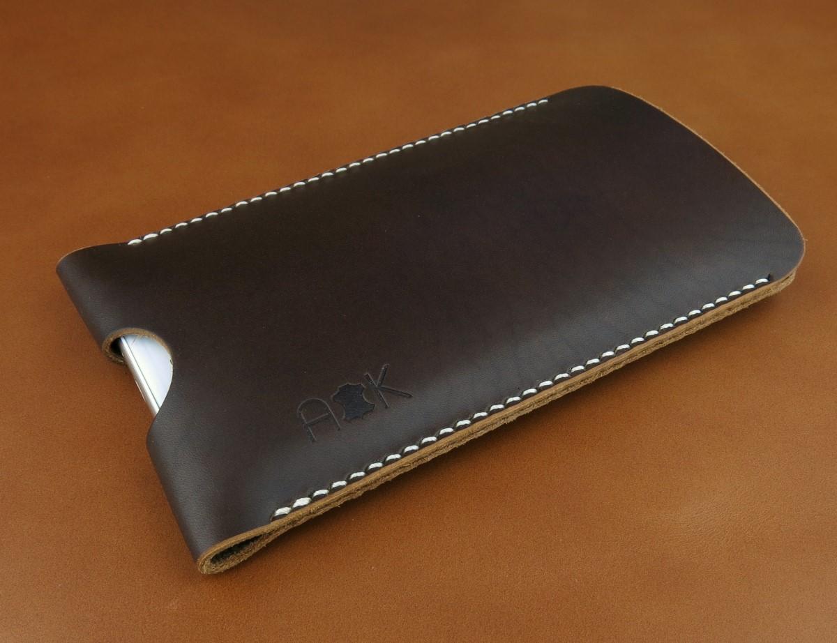 Pouzdro A-K z pravé kůže pro Apple iPhone 4s, hnědé