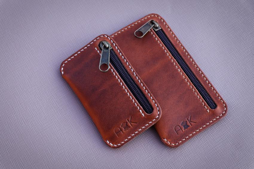 mini peněženka na drobné, bankovky a karty