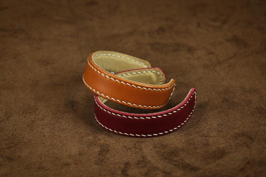 dámský kožený náramek